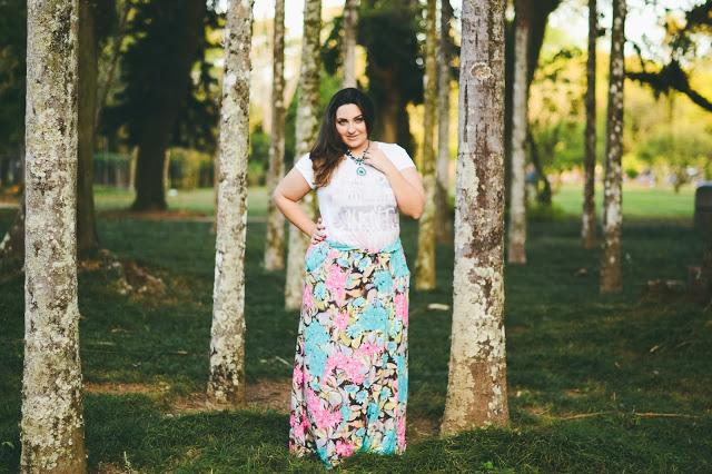 Look Bellas Curvas – Saia Longa Floral